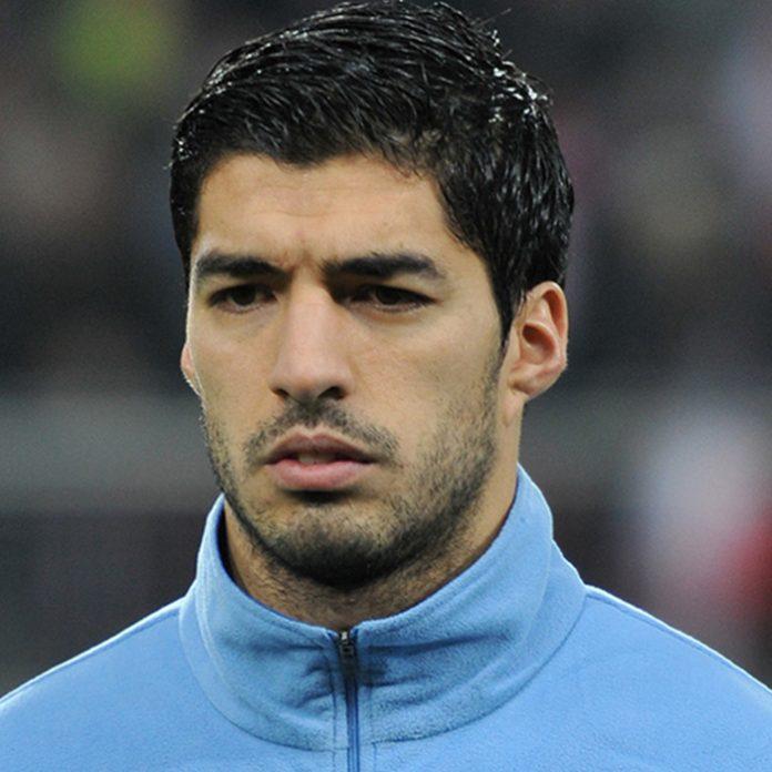 Luis Suárez, fuera del Mundial de Brasil