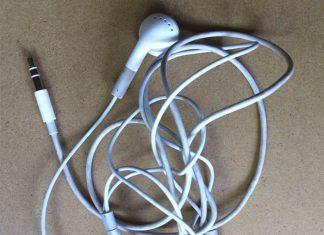 Evita que se enreden tus audífonos