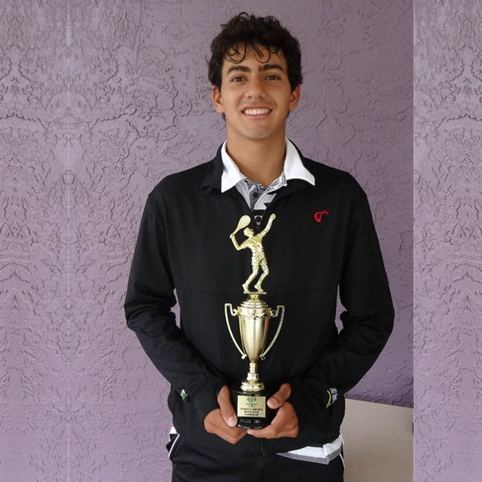 Alan Rubio del Equipo de Tenis Telcel