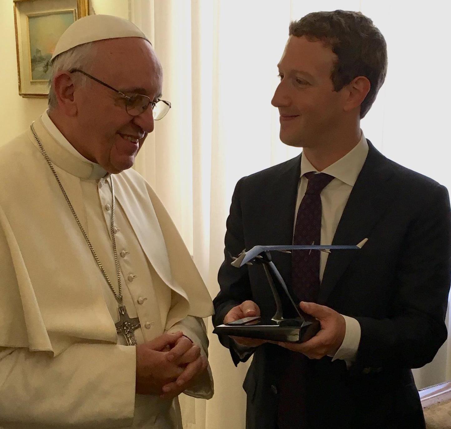 Marck Zuckerberg y el papa Francisco
