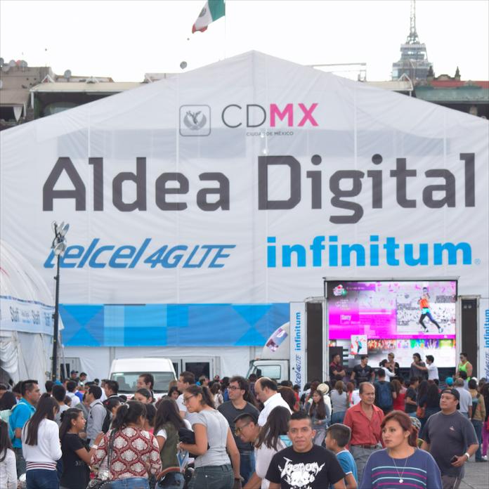 Carpa principal de Aldea Digital 2016