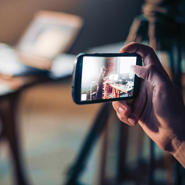 Los creadores de Final Cut y iMovie trabajan en la nueva app de la empresa fundada por Steve Jobs.