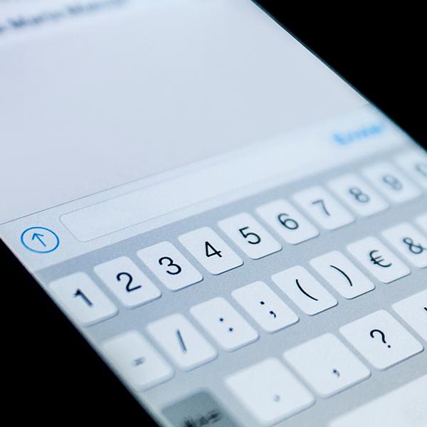 """En lugares donde difícilmente llega el internet es probable que te aparezca una """"palomita"""" al enviar tu mensaje. (Foto: Shutterstock)"""