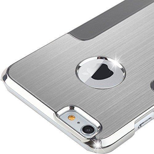 iPhone con una carcasa elegante con detalles cromados.