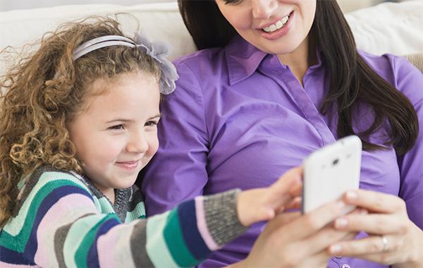 Control Parental ayuda a que los pequeños naveguen el tiempo adecuado, de forma segura. (Foto: phunu8.vn)