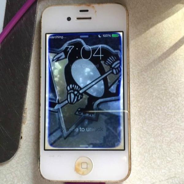 El Smartphone volvió a encender tras dos días de que lo secaron: (Foto: Daniel Kalgren)