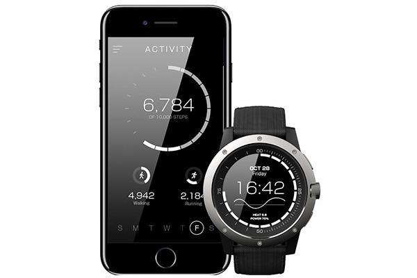 Matrix PowerWatch se sincroniza vía Bluetooth con el celular y tiene funciones deportivas. (Foto: Indiegogo.com)