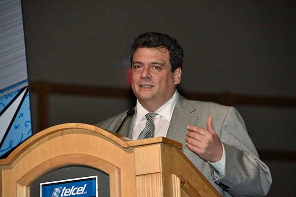 Mauricio Sulaimán será Presidente del CMB durante el periodo 2016-2020. (Foto: Cortesía Ring Telmex Telcel)