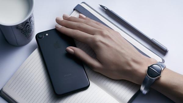 Las grabaciones se guardan en el dispositivo y se sincronizan con el celular. (Foto: Senstone)