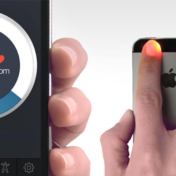 Mide tus pulsaciones con la ayuda de tu cámara y esta aplicación. (Foto: Instant Heart Rate)