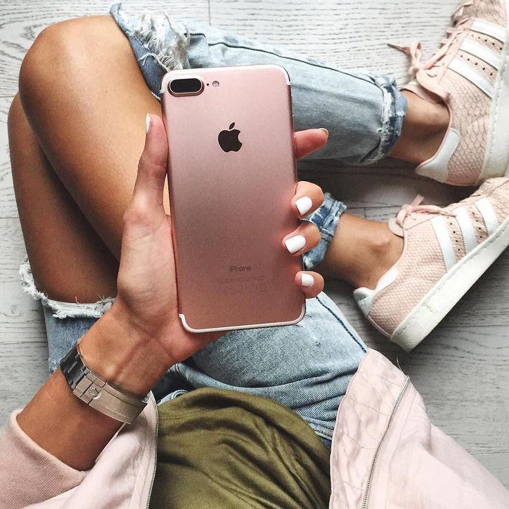 mujeres smartphones