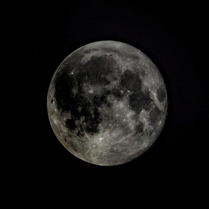 China lanzará una luna artificial en 2020