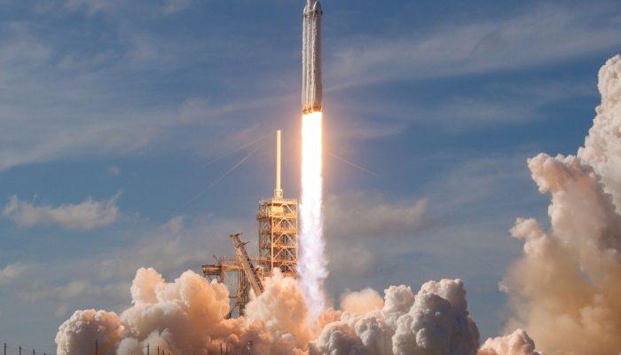 La NASA prepara viajes comerciales al espacio
