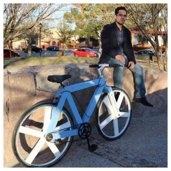Mexicano crea primer bicicleta reciclada.