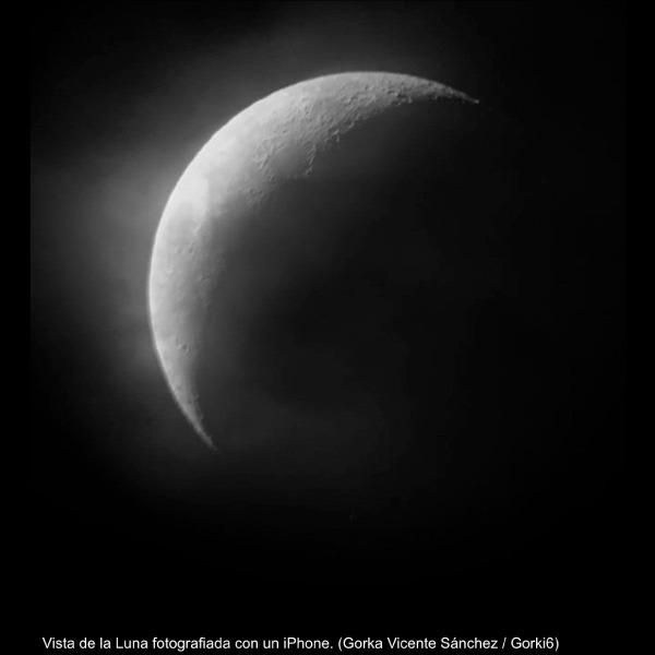 foto de la luna con iphone