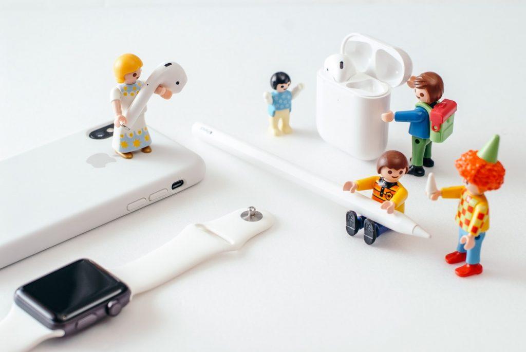 Consejos para mantener tus audífonos inalámbricos en buenas condiciones. *Foto: Unsplash