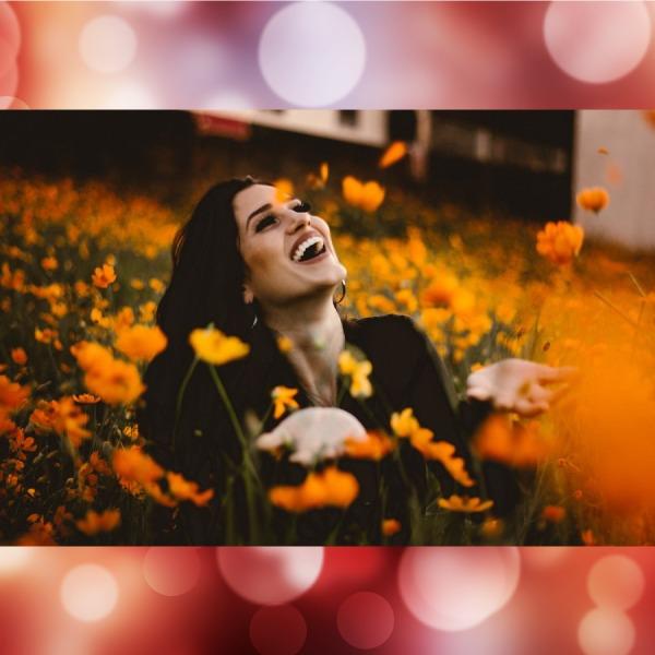 mujeres con la mente ocupada son más felices