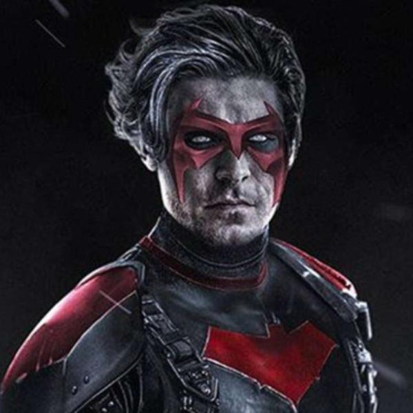 Zac Efron Marvel DC superhéroes Red Hood