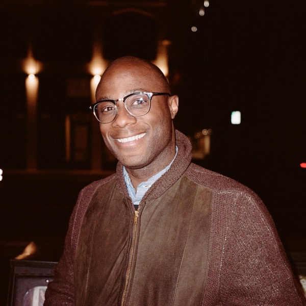 Barry Jenkins Moonlight dirigirá El Rey León 2