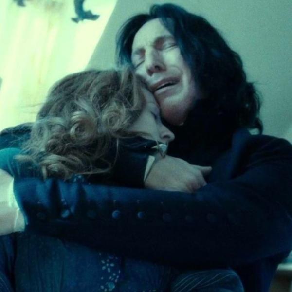 Snape encuentra muerta a Lilly Potter en Harry Potter y las reliquias de la muerte, Parte 2