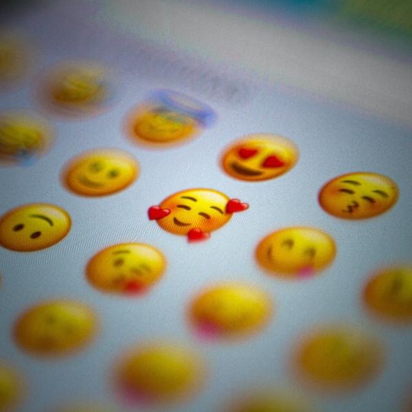 Nuevos emojis navideños de WhatsApp