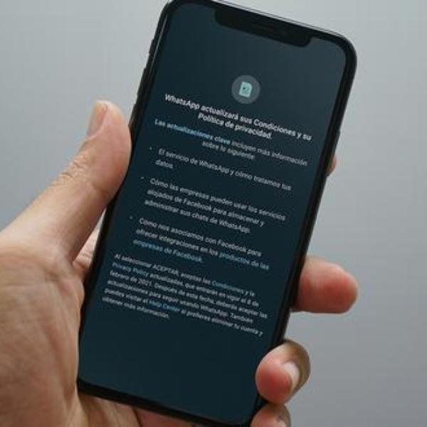 Políticas de seguridad y privacidad WhatsApp