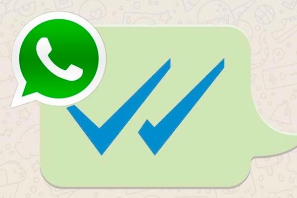 Dejar en visto a alguien de WhatsApp