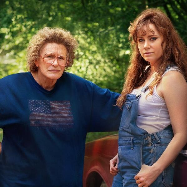 Hillybilly una elegía rural Glenn Close Amy Adams