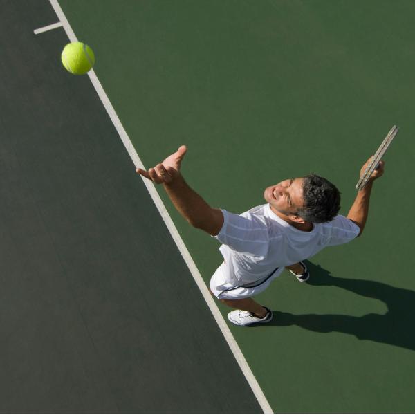 Saque tenis
