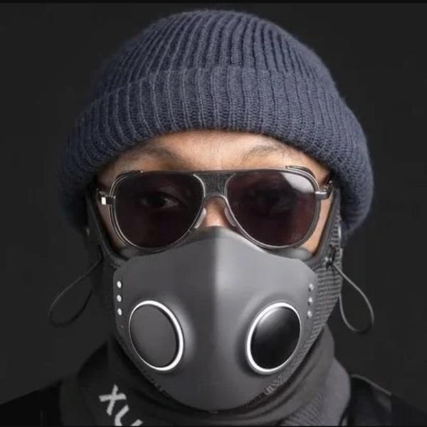 Will.I.am nueva mascarilla Xupermask con audífonos