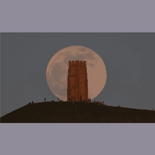 Superluna rosa Glastonbury Inglaterra
