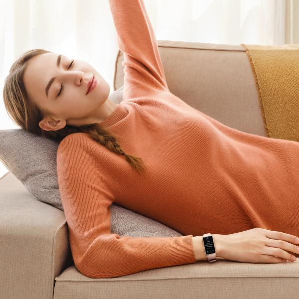 Huawei Band 6 monitoreo del sueño y actividad física