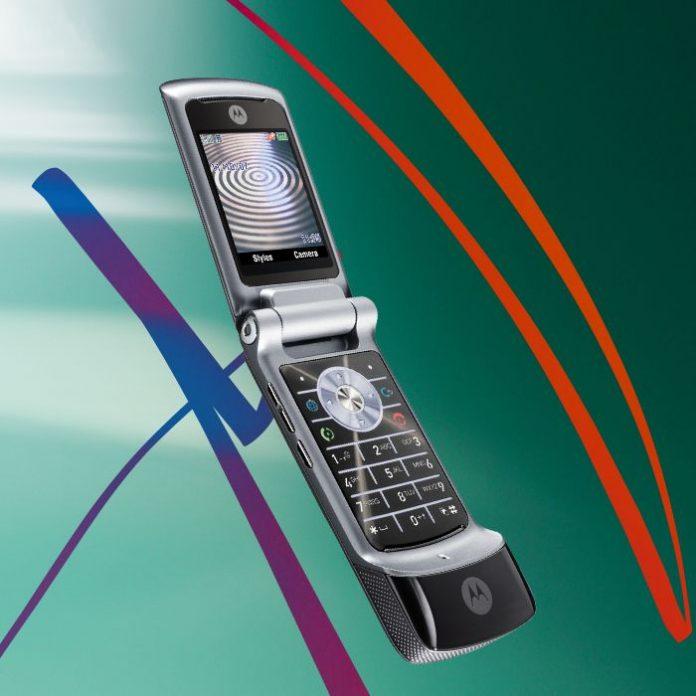 Motorola Razor V3 fue uno de los celulares que todos queríamos en la década del 2000 - Blog Hola Telcel