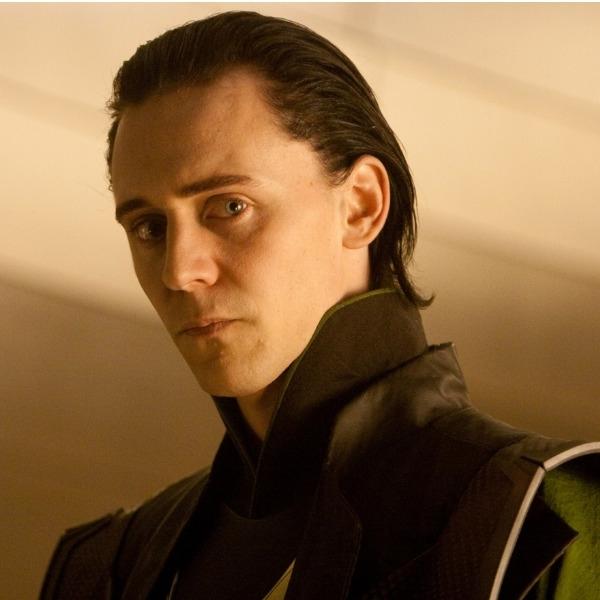 Tom Hiddleston como Loki en la primera película de Thor