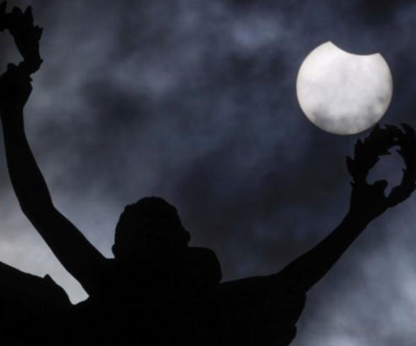 Fotografía tomada desde Bélgica del eclipse de junio- Blog Hola Telcel