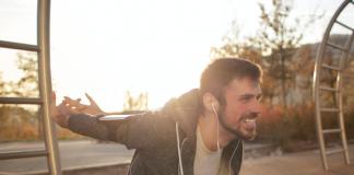 escuchar música mientras hacemos ejercicio podría ser la clave para aliviar el estrés - Blog Hola Telcel