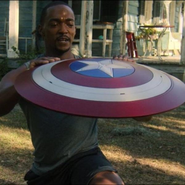 Sam Wilson como el nuevo Capitán América en Falcon and the Winter Soldier.- Blog Hola Telcel