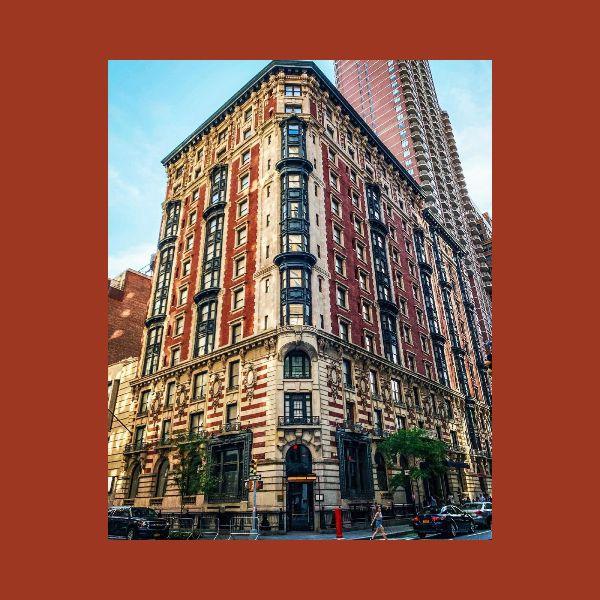 The James New York ofrece descuentos en hospedaje a personas James