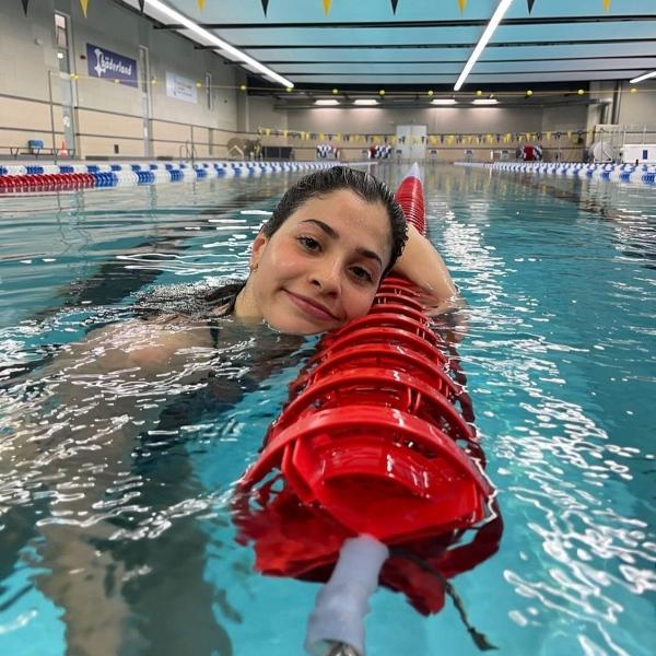 Yusra Mardini, atleta refugiada huyó de Siria y durante su travesí salvó a muchas personas.- Blog Hola Telcel