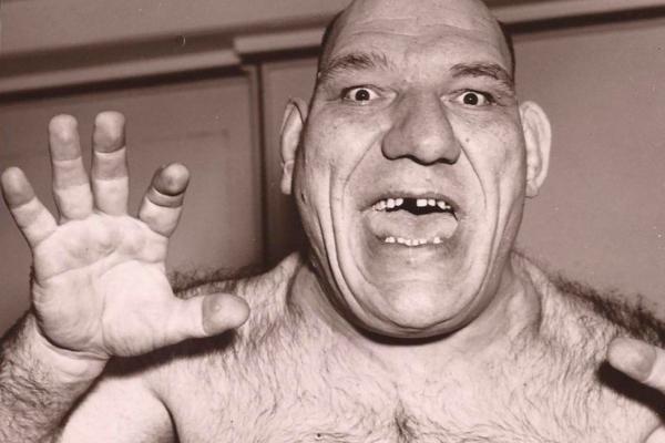"""El luchador Maurice Tillet, quien se parece a Shrek, padecía acromegalia.- Blog Hola Telcel"